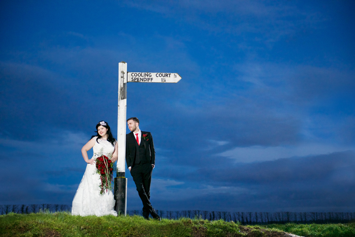 Cooling Castle Barn wedding lamp post photo b