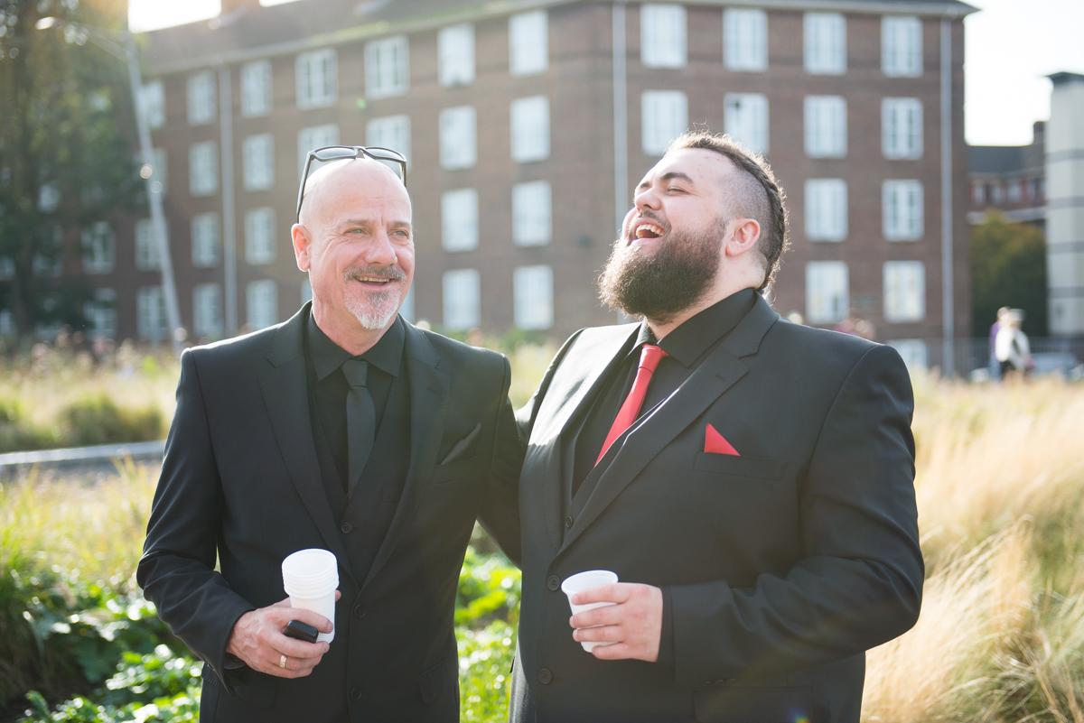Shakespear Globe wedding photo - Jenna & Mike-3
