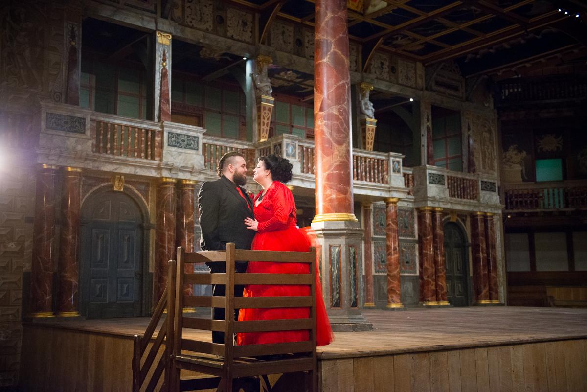 Shakespear Globe wedding photo - Jenna & Mike-54