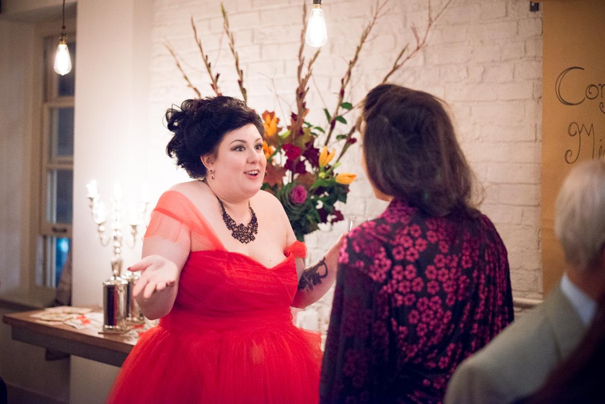 Shakespear Globe wedding photo - Jenna & Mike-60