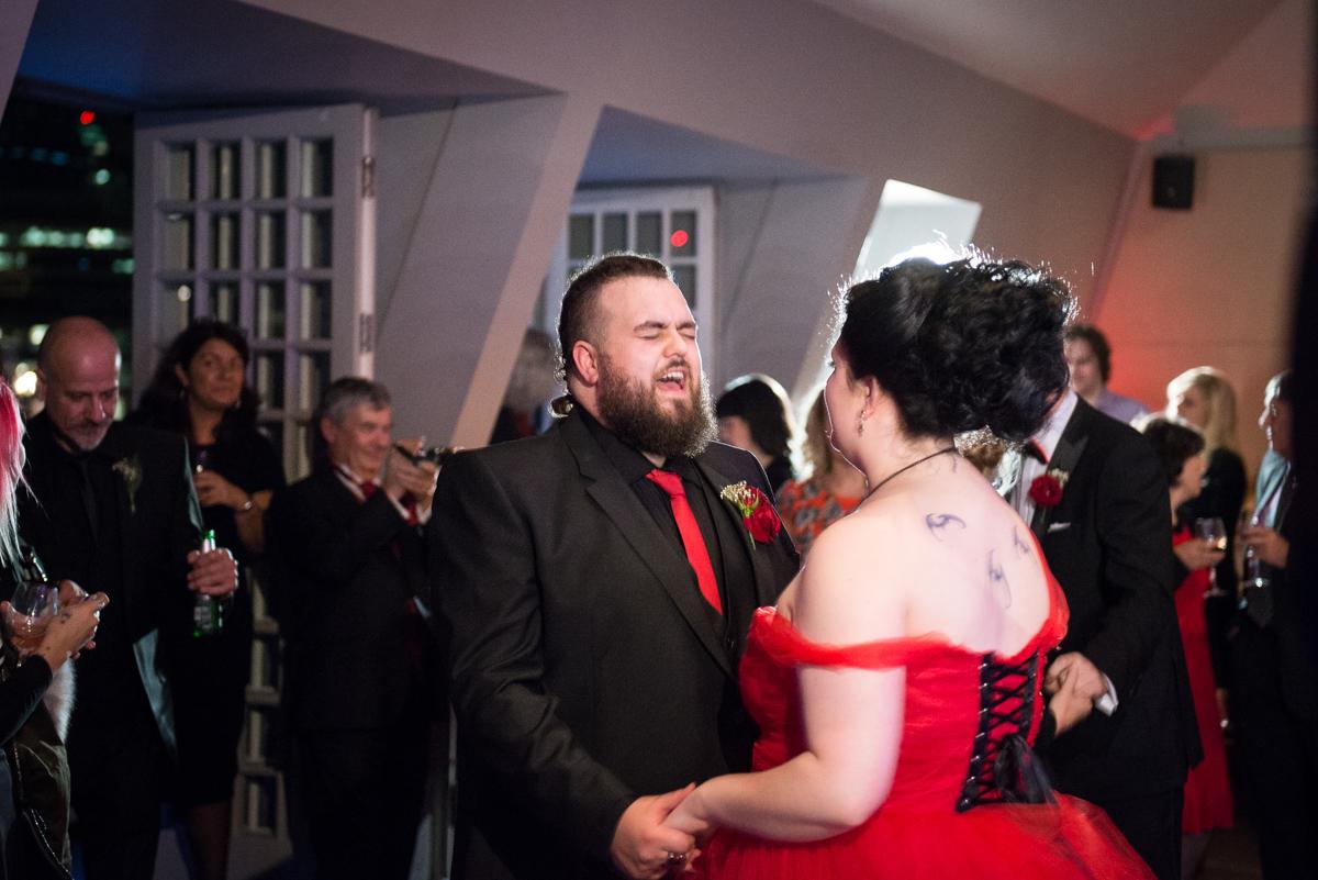 Shakespear Globe wedding photo - Jenna & Mike-65