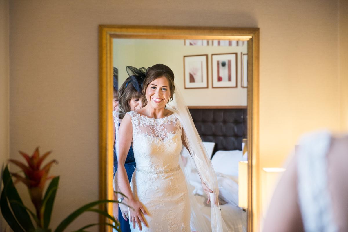gaynes-park-wedding-photographer-theresa-laurence-13
