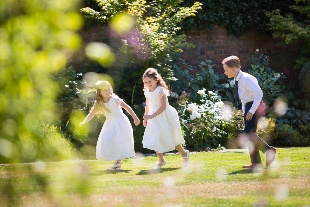 gaynes-park-wedding-photographer-theresa-laurence-30