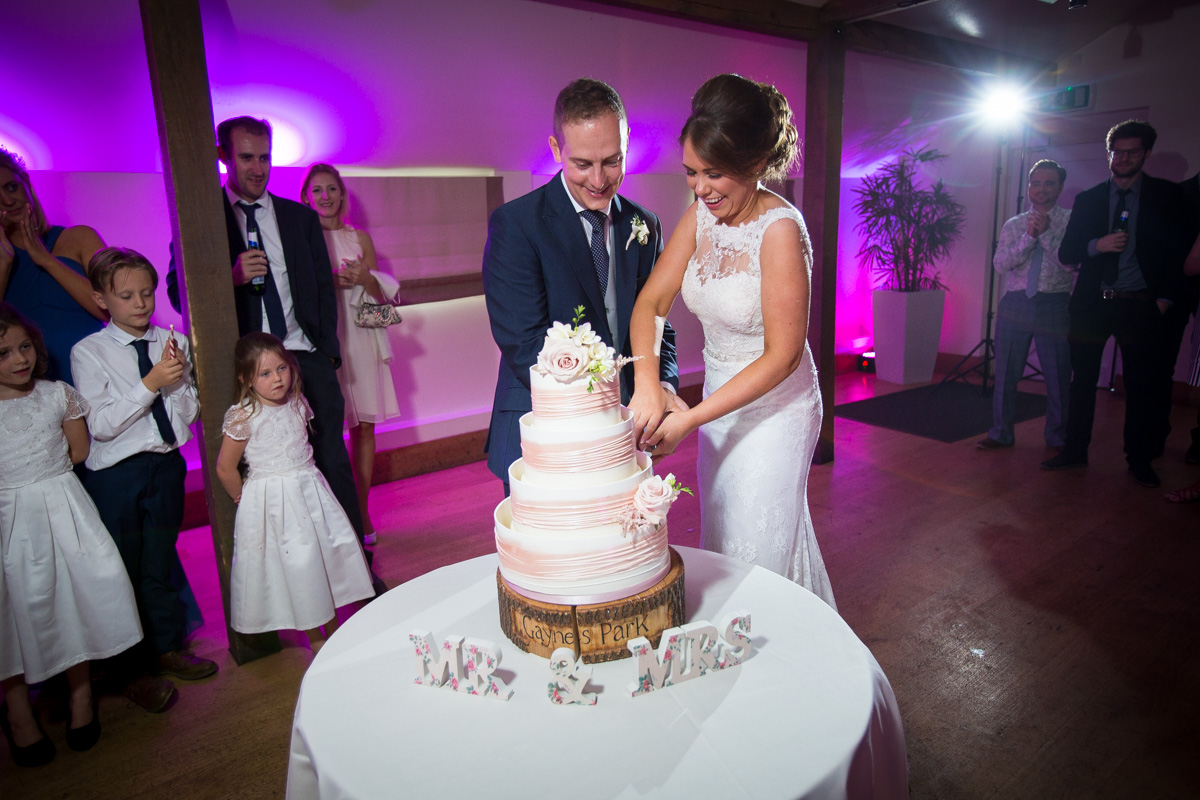 gaynes-park-wedding-photographer-theresa-laurence-72