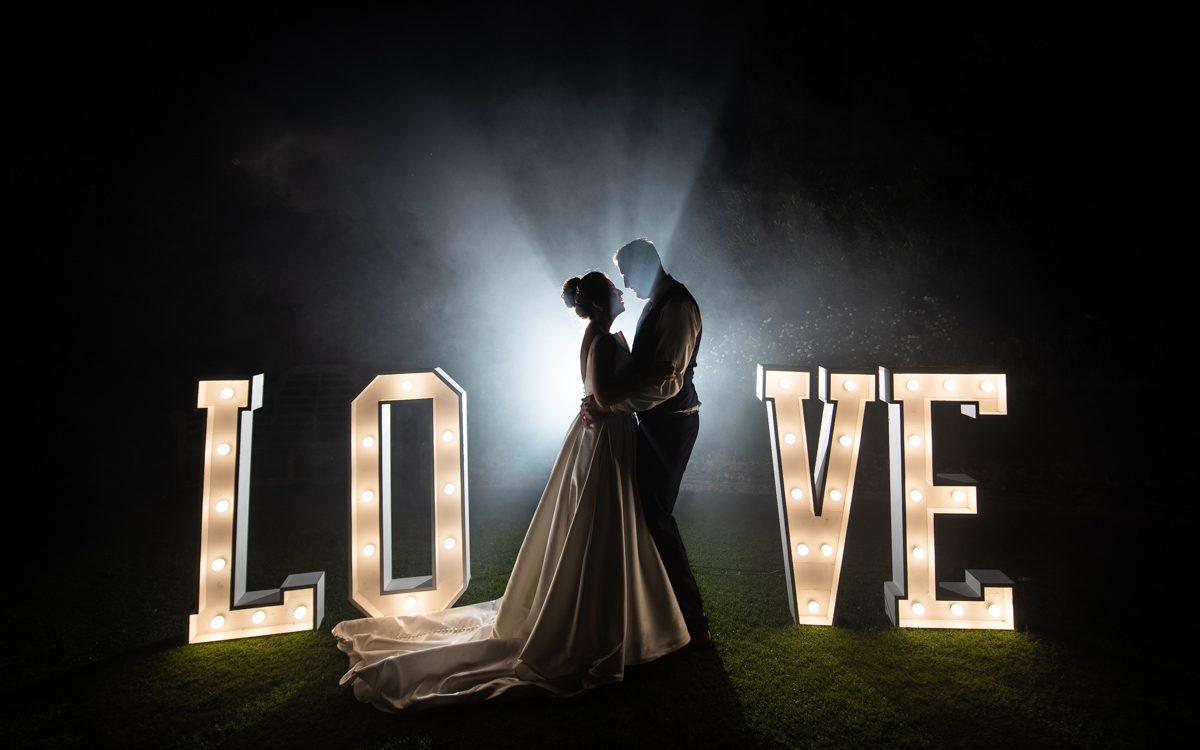 Le Talbooth Wedding Photos, Dedham - Hannah & Jamie